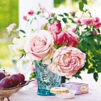 Ezerarcú rózsa