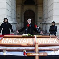 A magyar vidék temetése