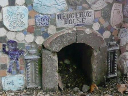 hedgehog house5.jpg