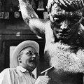 Eltüntetett ember eltüntetett szobra (Pátzay Wallenberg-emlékművének kálváriája)