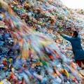 A műanyagtartály kára és haszna