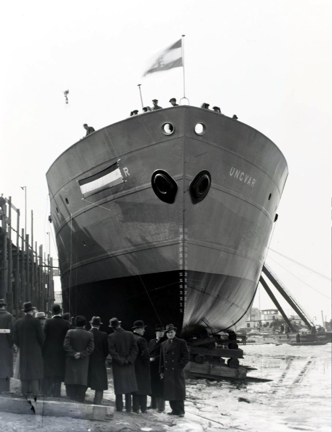 ungvár teherhajó 1941