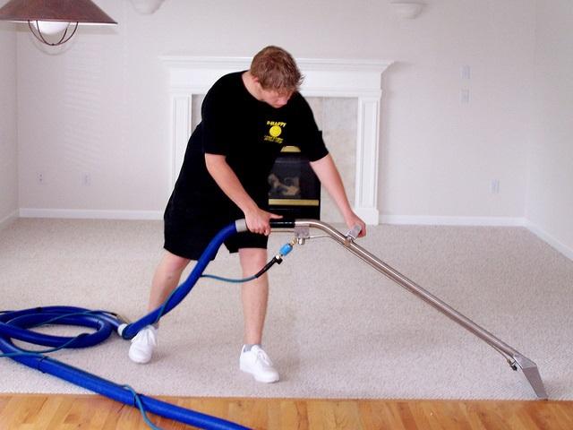 Gyűjtői kárpittisztítás és szőnyegtisztítás - tegyék és ne tegyék
