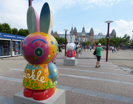 miffy_art_parade_1.jpg