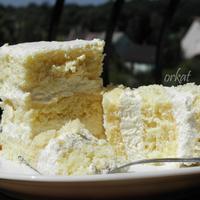 Habkönnyű citromos-krémes szelet