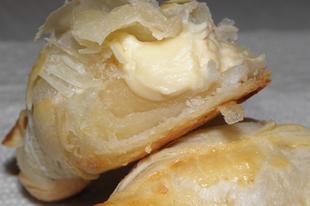 Croissant - sajtos kifli leveles tésztából