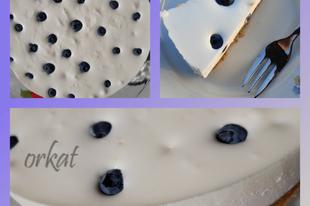 Citromos-joghurtos torta sütés nélkül áfonyával