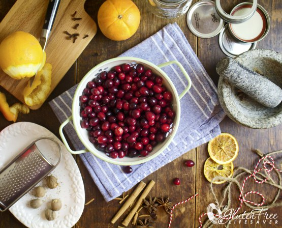 christmas-xmas-spice-cranberries-table1-w-logo.jpg