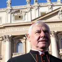 Gerhard Müller bíboros a felszentelt női diakonátus lehetetlenségéről