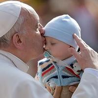 Az abortusz semmilyen esetben sem igazolható Ferenc pápa szerint