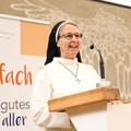 A cölibátusi fogadalmuk semmibe vételére biztatja a papokat egy német domonkos nővér