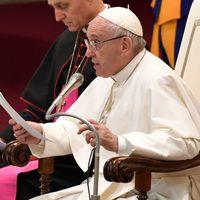 13 ország vezető katolikus életvédői vádolják Ferenc pápát azzal, hogy elhagyta az Egyház tanítását