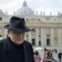 Burke bíboros: Scalfari pokolról szóló interjúja