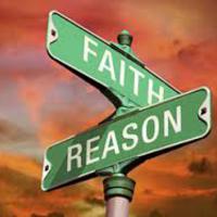 A hit felül múlja az értelmet: butaság vagy bölcsesség?