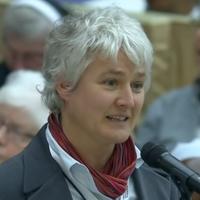 A nők pappá szentelését követeli az oberzelli ferences nővérek rendfőnöknője