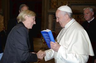 Francia teológusnő: Meg kell változtatni az Egyház erkölcsi tanítását!