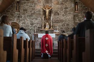 A papok politikai és közéleti tevékenységeiről