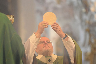 Ha nem születik egységes álláspont, egyházmegyénként fogják bevezetni Németországban az interkommúniót
