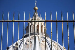 A Szentszék letiltotta a pápai korrekció weboldalának elérését a Vatikán számítógépeiről