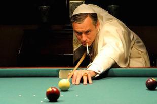 """""""Katolikusabb a pápánál"""""""