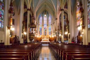 Mi indítja a fiatalokat megtérésre? Egy kutatás szerint a templomok és katedrálisok szépsége.
