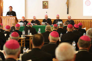 Megérkezett a lengyel püspöki kar hivatalos útmutatása az Amoris Laetitiához