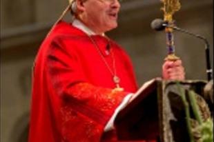 """Voderholzer püspök az Egyházat elhagyók """"aggasztóan magas"""" számáról"""