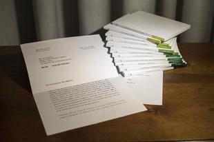 Manipulálta a Vatikán a Benedek pápa levelét bemutató fényképet