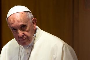 Ferenc pápa: Nincs helye homoszexuálisoknak a papságban vagy szerzetesrendekben