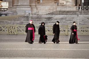 Német katolicizmus: hatalmas bevételek, haldokló egyház