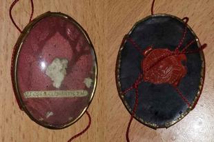 Szemeteskukából került elő Szent Kelemen pápa csontereklyéje
