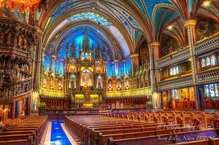 Grandiózus fényinstalláció a kanadai Notre-Dame bazilikában