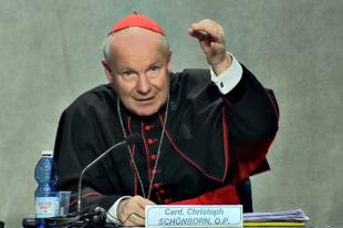 Schönborn bíboros: Zsinat kell, hogy döntsön a nők pappá szenteléséről