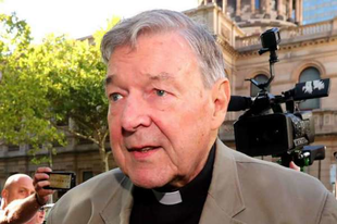 """Pell bíboros: """"Az Egyház nem engedhet meg semmiféle zavart, még kevésbé ellentmondásos tanítást"""""""