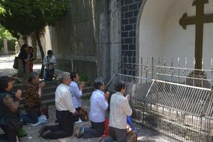 Az állami regisztrációhoz adott iránymutatást a szentszék a kínai papságnak