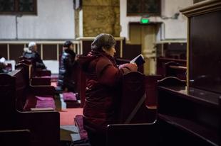 Papokat utasítottak a kínai hatóságok, hogy a templomokból tiltsák ki a gyermekeket