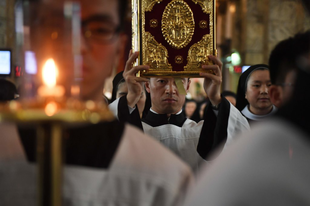 """Zen bíboros: """"A pápa nem érti Kínát"""""""