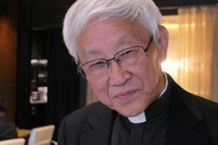 """Zen bíboros: a Vatikán egy """"hamis egyházat"""" támogat Kínában"""
