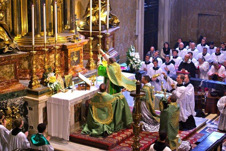 pontifiaklamtpetersdom15.jpg