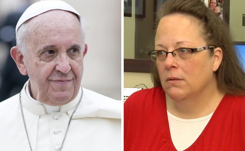 pope_francis_and_kim_davis_810_500_75_s_c1.jpg