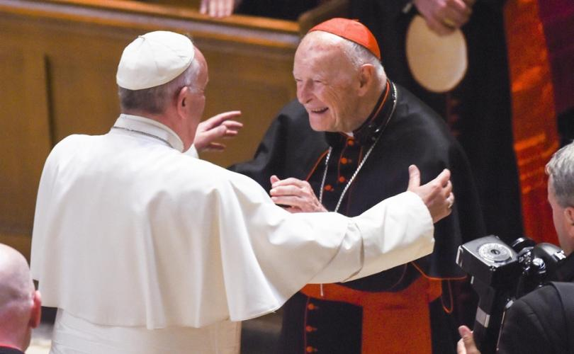 pope_francis_with_cardinal_mccarrick_810_500_75_s_c1.jpg
