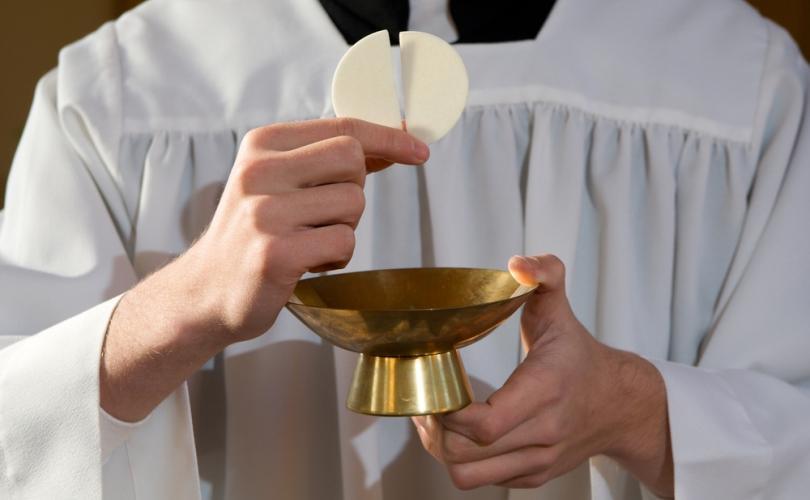 the_holy_eucharist_810_500_75_s_c1.jpg