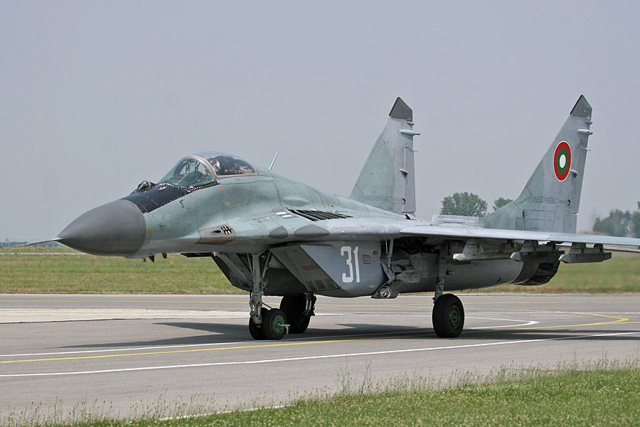 Blg_MiG-29_Key.A._Warmes.jpg