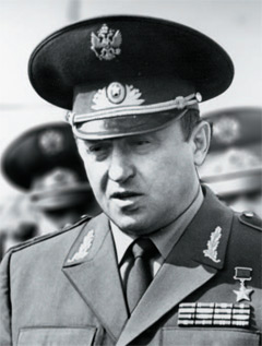 Véget ér egy egyenruhakorszak - az orosz 1994M egyenruhacsalád ... a3a892d001