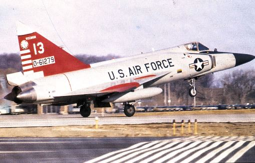 176th_Fighter_Interceptor_Squadron_Convair_F-102A-75-CO_Delta_Dagger_56-1279_1970.jpg