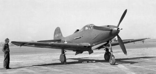 Bell P-39D Airacobra (1).jpg