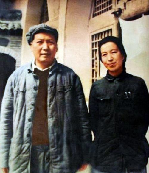mao_and_jiang_qing_1946.jpg