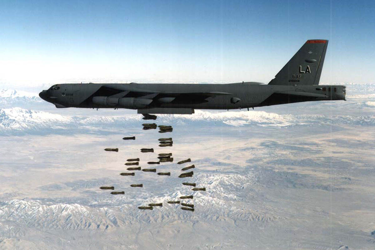 b-52-stratofortress-bomb-drop.jpg