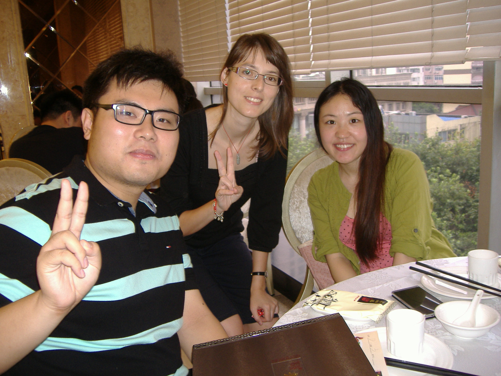 Williammel és Gloriával a kantoni konyhás étteremben