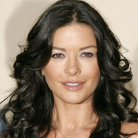 Mi a baj Catherine Zeta-Jones-szal?